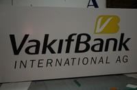 vakiff_bank3_20090311_1473863512.jpg